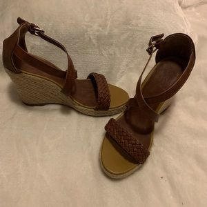 New York & Company wedges